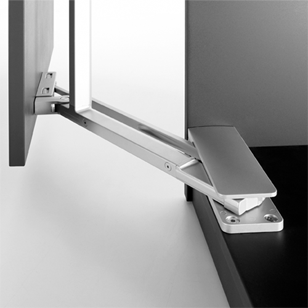 Horizontal opening mechanism for pantograph doors designed for wardrobes - PEGASO