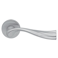 RIVER Lever Handle on Rose - Satin Chro