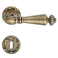 NINFA Brass Lever Handle on Rose - Pati
