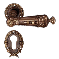 Avignone Lever Handle on Rose in Old Go