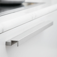 Kitchen Cabinet Profile Handle in Antiq