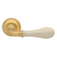 DOGE Lever Handle on Rose - P