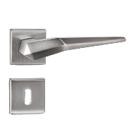 Plisse Lever Handle on Rose in Chrome P