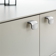 SWAN Cabinet Handle - 64mm - Bright Chr